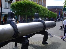 staines-linoleum-sculpture